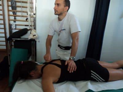 Massagem transversa profunda