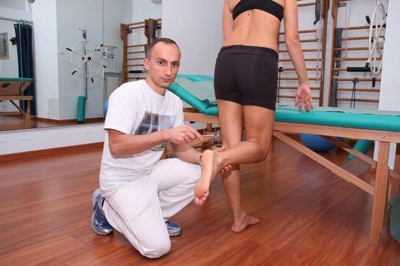 reflexos do tendão de aquiles,nervo, condução, lesão, irritação, hérnia, protusão,
