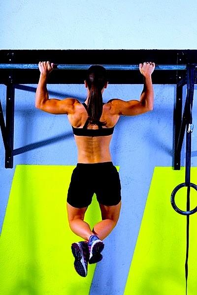 Contratura no braço,esforço, exercício, academia