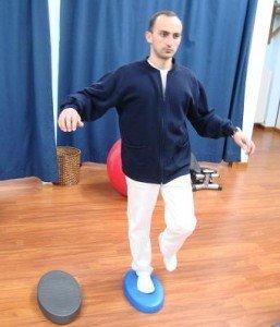 Ejercicios, propioceptiva, el pie, el equilibrio, suave, los músculos, el movimiento, dolor, daño, control, postura, suave, fisioterapia y rehabilitación, la distorsión, el apoyo, la fisioterapia, la distorsión, la recuperación, el retorno, carreras, juego, deportes, fitness