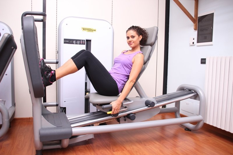 Leg, press, refuerzo, rehabilitación, rodilla, ligamento, colateral, dolor muscular, cuádriceps