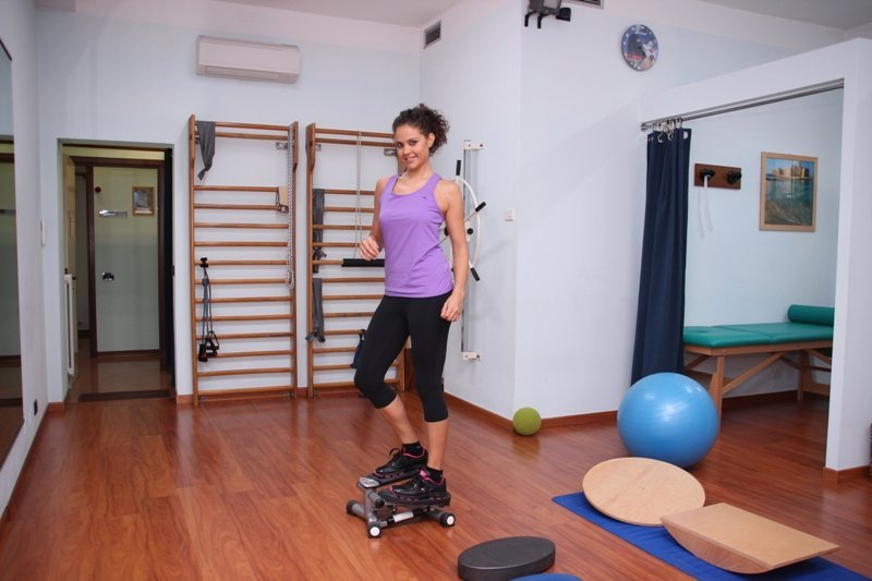 fisioterapia, rehabilitación, ejercicios, refuerzo, tobillo, metatarsalgia, dolor, postura, dolor, gimnasio