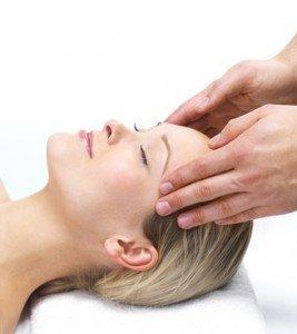 Dolor de cabeza, tensión muscular, el dolor, la cara, el cráneo, la inflamación, la nutrición, masaje, manipulación, fisioterapia, rehabilitación, relajación, relajarse, respirar calma, agradable