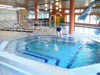 piscina, rehabilitacion, rodilla