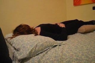 """Durmiendo en """"decúbito supino"""" (boca arriba)"""