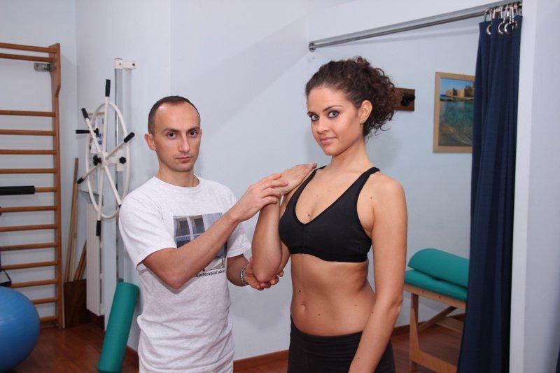 posición de los brazos, vertical, fracturas, cirugía, quirúrgico, tornillos, clavos