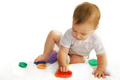 Ictericia neonatal, bebé, lactante, recién nacido