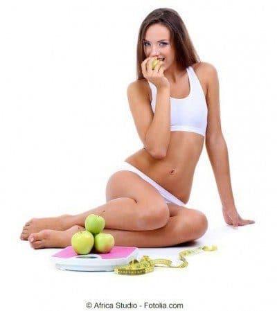 hormigueo en las piernas, alimentación, fruta, chica