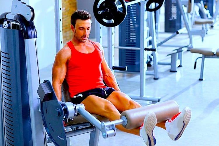 Refuerzo, muscular, cuádriceps, leg, extensión, gimnasio, fisioterapia, rehabilitación